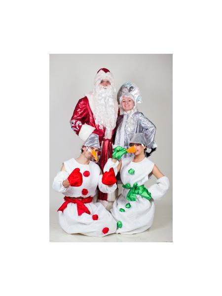 Снеговики И Дед Мороз со Снегурочкой