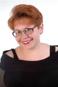 Мирошниченко Людмила николаевна— ведущая торжества, тамада